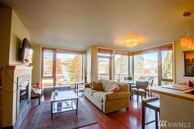2220 W Woodin Ave #212, Chelan, WA 98816 (#1485859) :: Kimberly Gartland Group