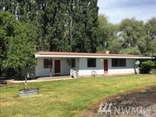 2359 N Division Rd, Bridgeport, WA 98830 (#1486494) :: Alchemy Real Estate