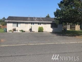 2535 Racine St, Bellingham, WA 98226 (#1489039) :: Ben Kinney Real Estate Team
