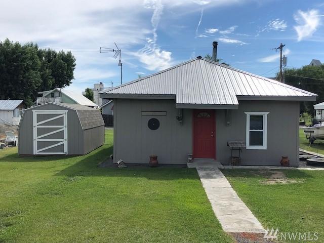 29 Walnut St, Mansfield, WA 98830 (#1489783) :: Mike & Sandi Nelson Real Estate