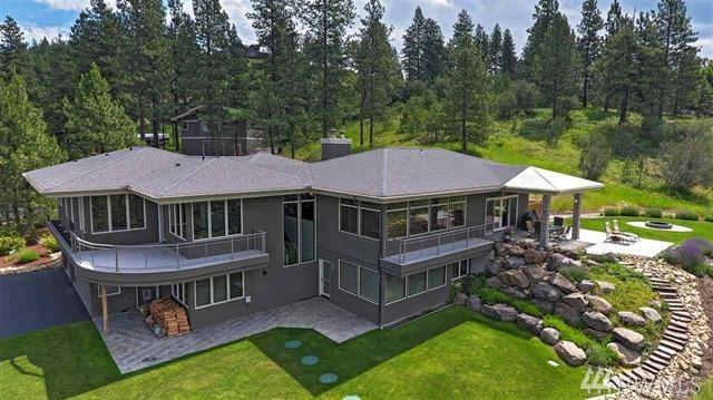 9410 S Labrador Lane, Spokane, WA 99223 (#1489934) :: Better Properties Lacey