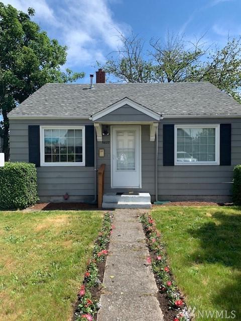 5827 S Warner St, Tacoma, WA 98047 (#1492000) :: Keller Williams Realty