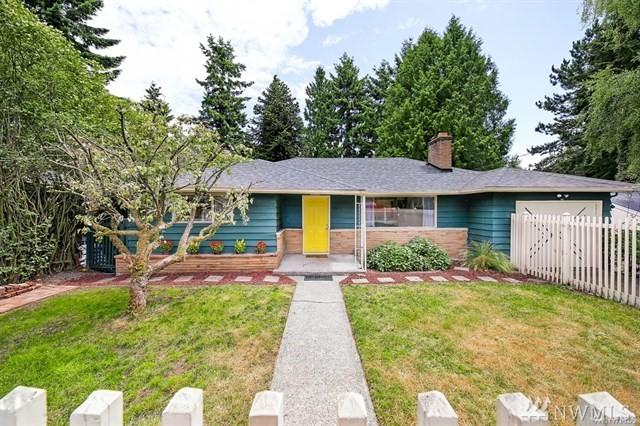 9826 13th Ave SW, Seattle, WA 98106 (#1492630) :: Platinum Real Estate Partners