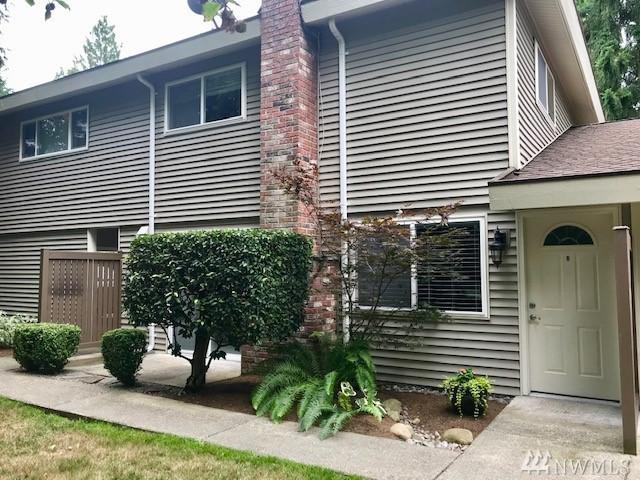 424 214th St SW 24B, Bothell, WA 98021 (#1493268) :: Platinum Real Estate Partners