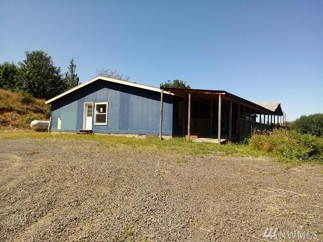 215 Ward Rd, Longview, WA 98632 (#1493544) :: The Kendra Todd Group at Keller Williams