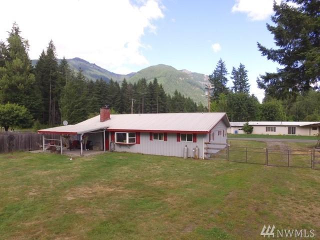136 Morris Rd, Randle, WA 98377 (#1493871) :: Platinum Real Estate Partners