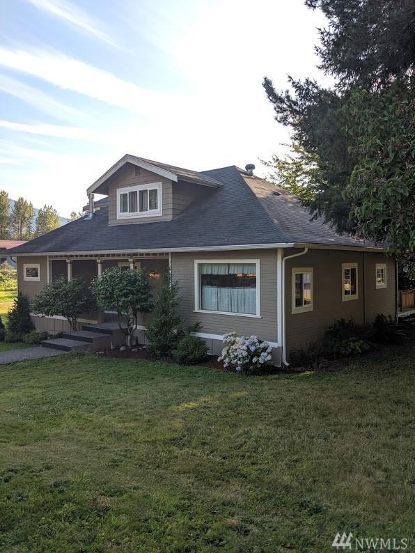 46354 Washington St, Concrete, WA 98237 (#1498106) :: Record Real Estate