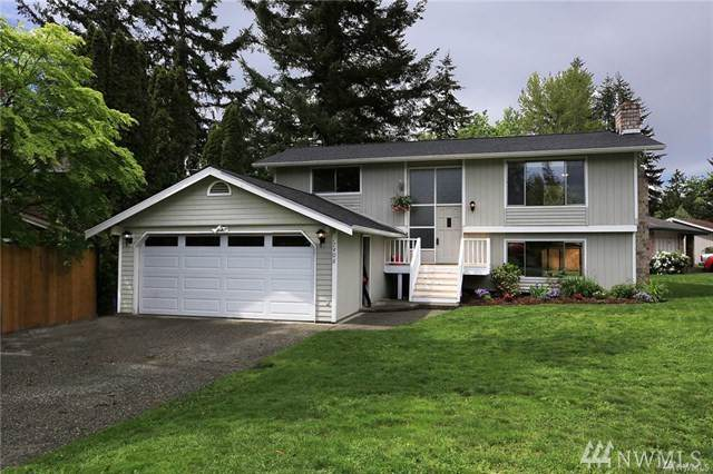 17408 Valley Circle Dr, Bothell, WA 98012 (#1499091) :: NW Homeseekers