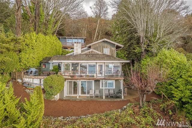 3003 Perkins Lane W, Seattle, WA 98199 (#1499854) :: Record Real Estate