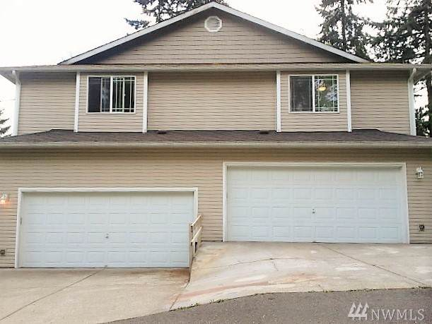 13900 Meadow Rd, Everett, WA 98208 (#1502072) :: Ben Kinney Real Estate Team