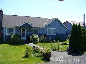 820 Russell Rd, Forks, WA 98331 (#1504191) :: Northern Key Team