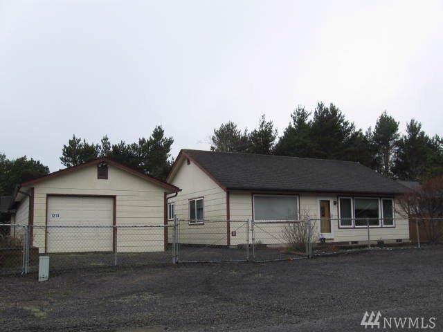 1213 Johnson St, Westport, WA 98595 (#1506249) :: Ben Kinney Real Estate Team
