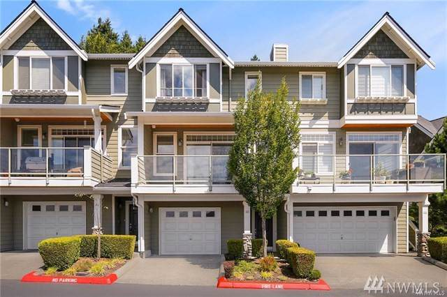 23120 SE Black Nugget Rd Z3, Issaquah, WA 98029 (#1506683) :: The Kendra Todd Group at Keller Williams