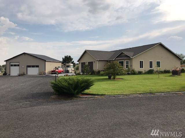 11213 Montezuma Dr NE, Moses Lake, WA 98837 (#1506871) :: Kimberly Gartland Group