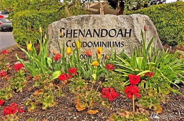 17008 NE 80th Street C-8, Redmond, WA 98052 (#1507126) :: Ben Kinney Real Estate Team