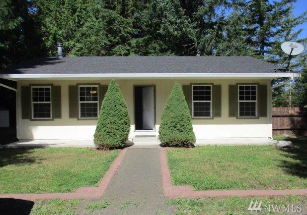 501 E Sunset Ridge Rd, Union, WA 98592 (#1514462) :: The Kendra Todd Group at Keller Williams