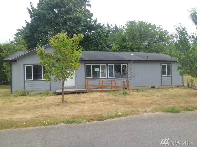 1112 SE Front St, Winlock, WA 98596 (#1514952) :: Canterwood Real Estate Team