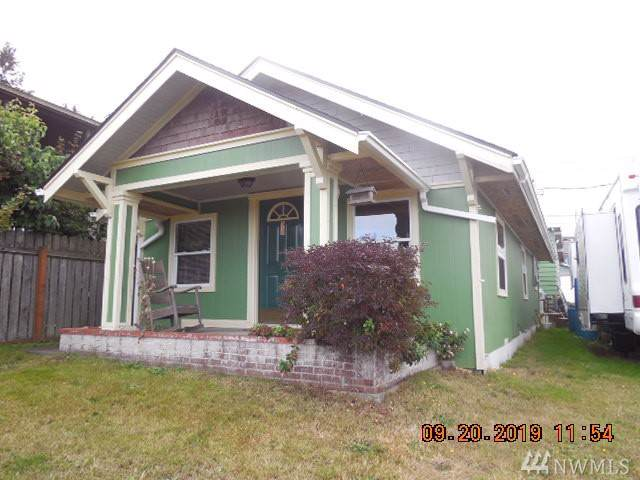 1112 E 6Th. St, Port Angeles, WA 98362 (#1522391) :: Crutcher Dennis - My Puget Sound Homes