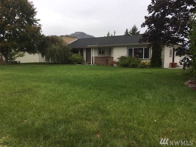 245-E 1st St, Tonasket, WA 98855 (#1524803) :: Ben Kinney Real Estate Team