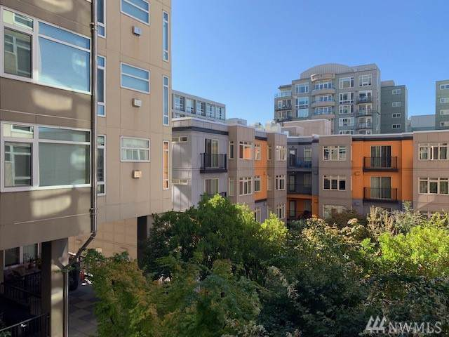 2801 1st Ave #212, Seattle, WA 98121 (#1525756) :: Real Estate Solutions Group