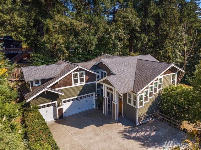 10816 103rd Ave NE, Kirkland, WA 98033 (#1527718) :: Real Estate Solutions Group