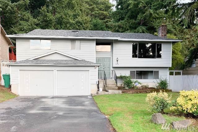 13050 23rd Ave NE, Seattle, WA 98125 (#1529307) :: Record Real Estate