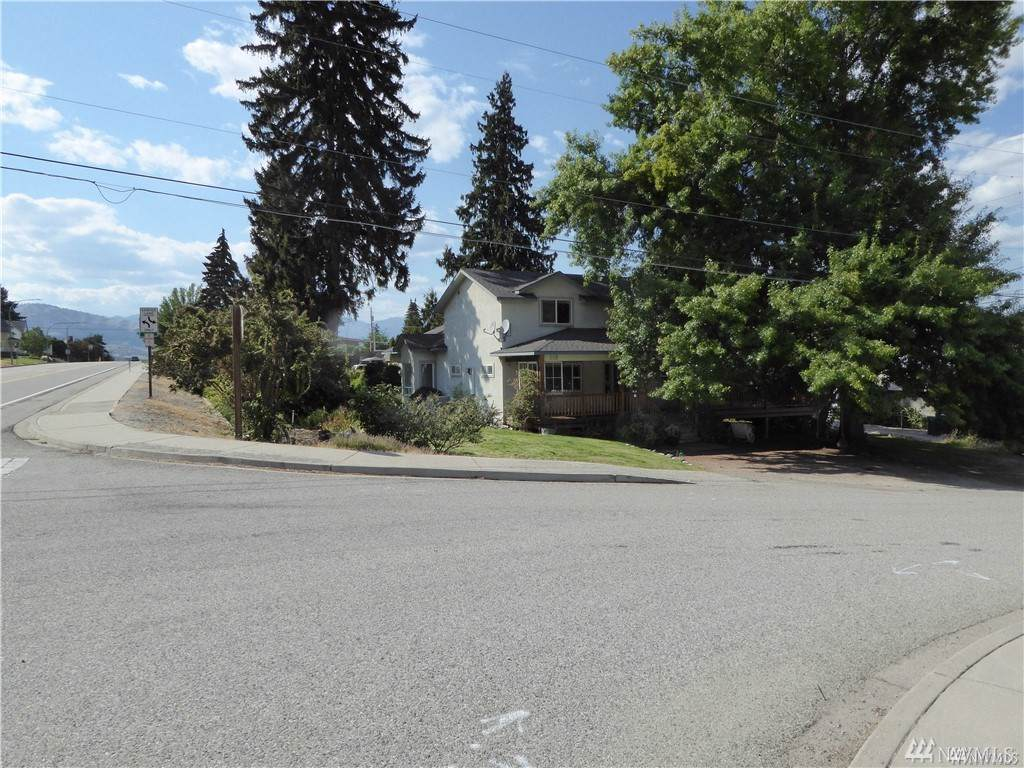 103 Evergreen St - Photo 1