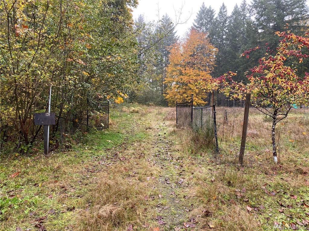 1390 Fireweed Road - Photo 1