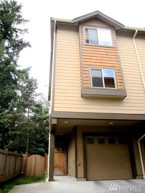 13435 Greenwood Ave N A, Seattle, WA 98133 (#1534412) :: Northwest Home Team Realty, LLC