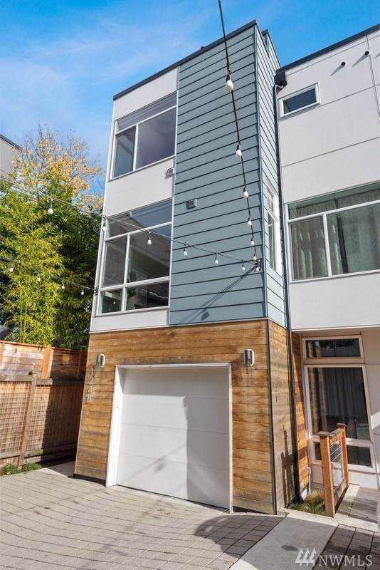 124 20th Ave B, Seattle, WA 98122 (#1534923) :: Mary Van Real Estate