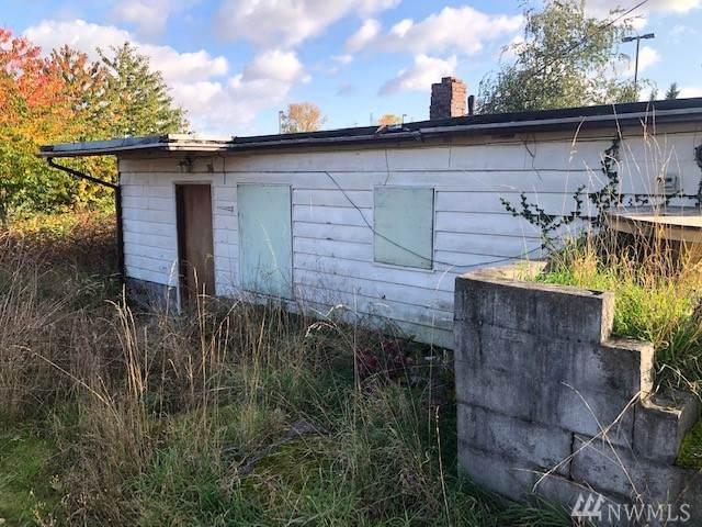 4407 S 140th St, Tukwila, WA 98168 (#1535944) :: Record Real Estate