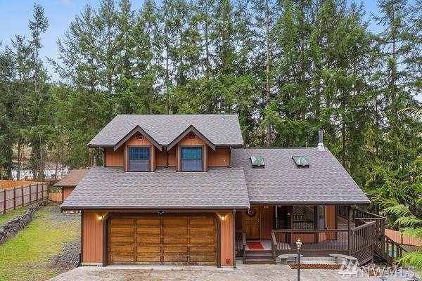 39511 25th Av Ct S, Roy, WA 98580 (#1536038) :: Real Estate Solutions Group