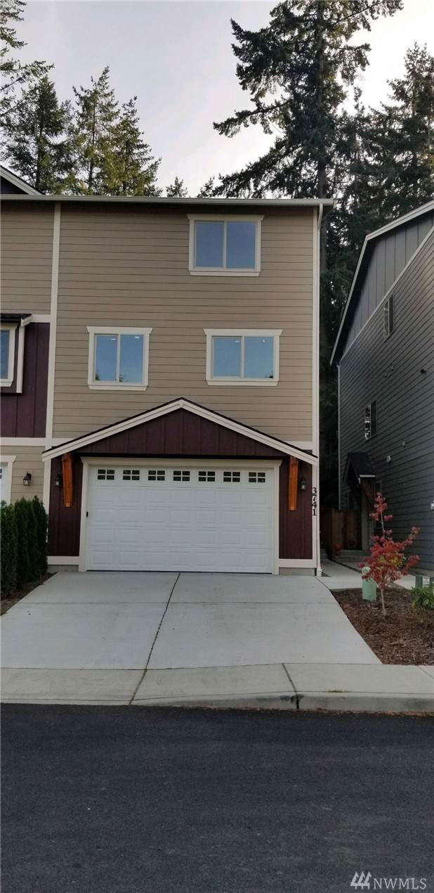 3741 NW Mountaire Wy, Silverdale, WA 98383 (#1536732) :: KW North Seattle