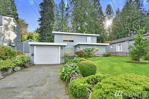 1029 NE 103rd St, Seattle, WA 98125 (#1540141) :: Alchemy Real Estate