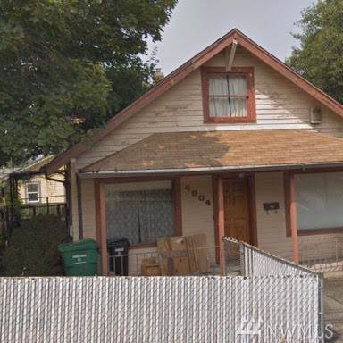 4604 S Ferdinand St, Seattle, WA 98118 (#1541651) :: Record Real Estate