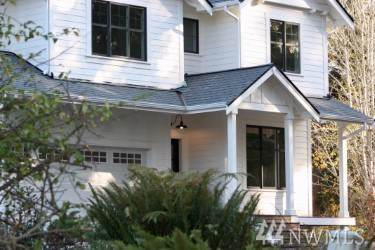 3074 Rocky Point Rd NW, Bremerton, WA 98312 (#1542006) :: Liv Real Estate Group