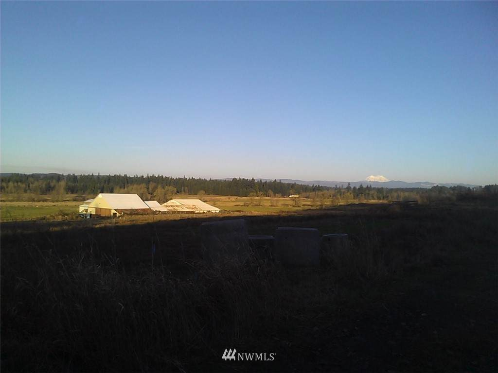 https://bt-photos.global.ssl.fastly.net/nwmls/orig_boomver_1_1543433-1.jpg