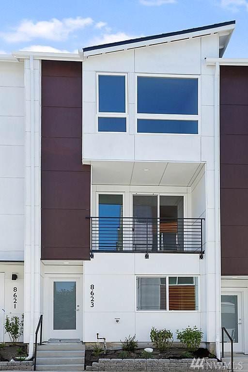 8540 21st Place NE, Seattle, WA 98115 (#1543661) :: Crutcher Dennis - My Puget Sound Homes