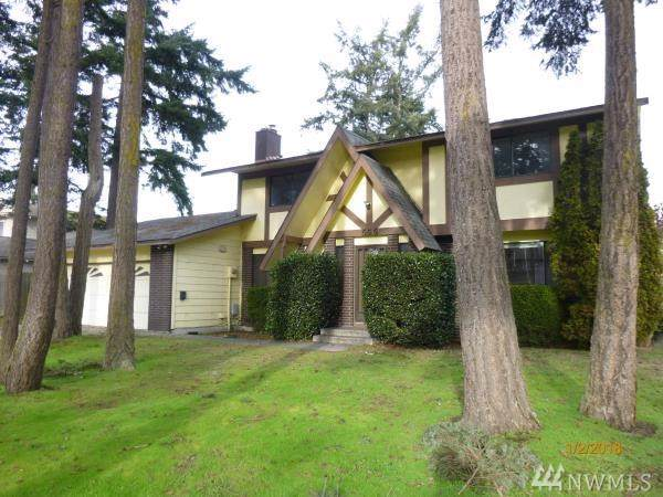 656 NW 3rd Ave, Oak Harbor, WA 98277 (#1544640) :: KW North Seattle
