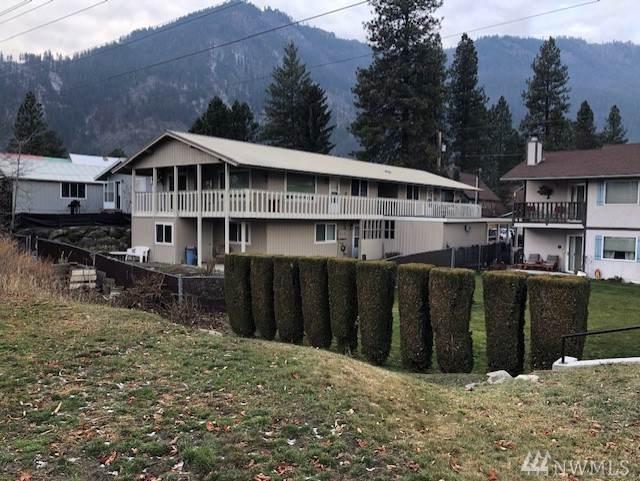 215 Whitman St, Leavenworth, WA 98826 (#1545446) :: McAuley Homes