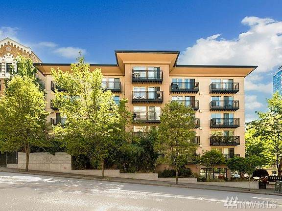 1323 Boren Ave #504, Seattle, WA 98101 (#1545741) :: Liv Real Estate Group