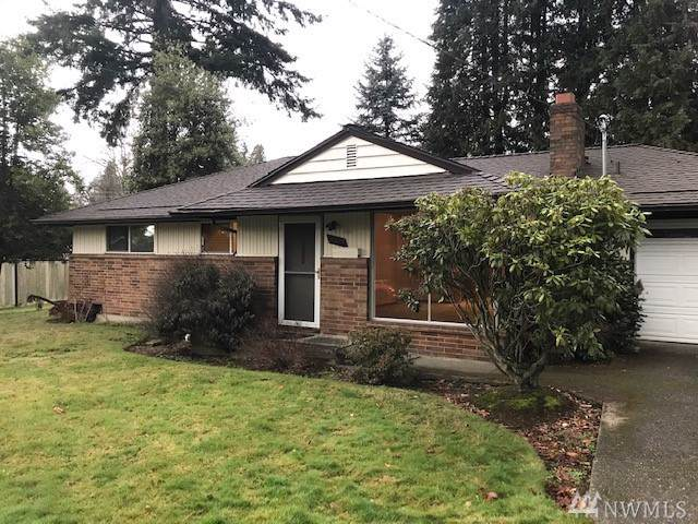 13570 Roosevelt Wy N, Seattle, WA 98133 (#1548308) :: Record Real Estate