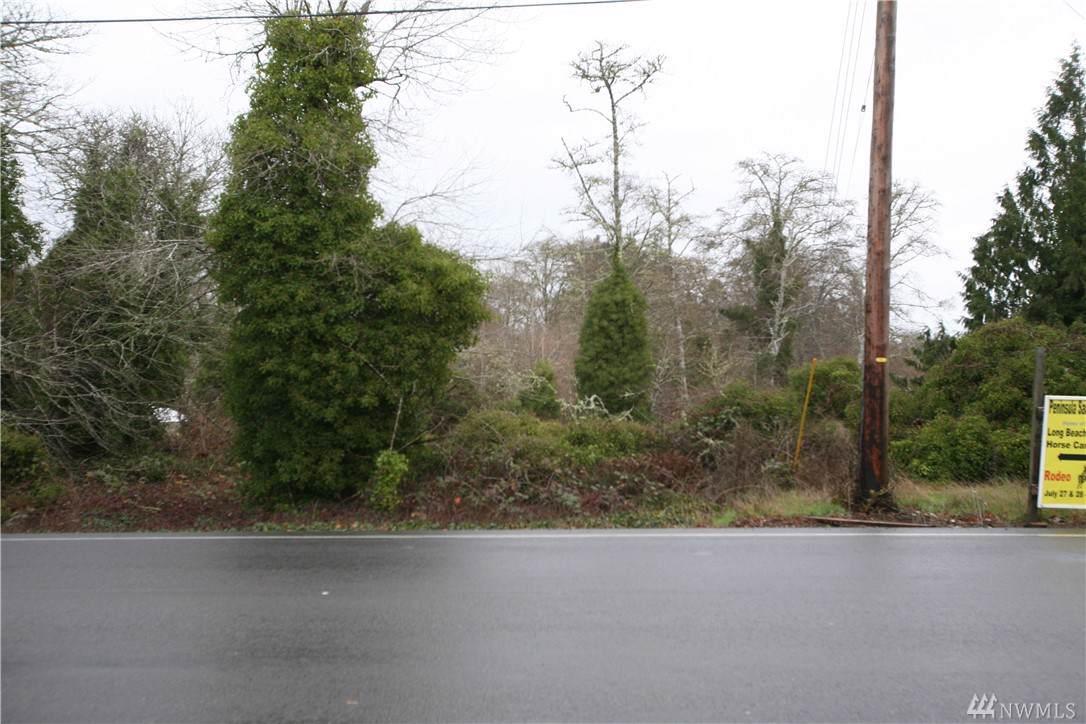 6001 Sandridge Rd - Photo 1