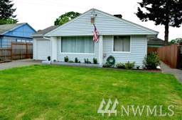 8318 Maple St SW, Lakewood, WA 98498 (#1551061) :: The Kendra Todd Group at Keller Williams