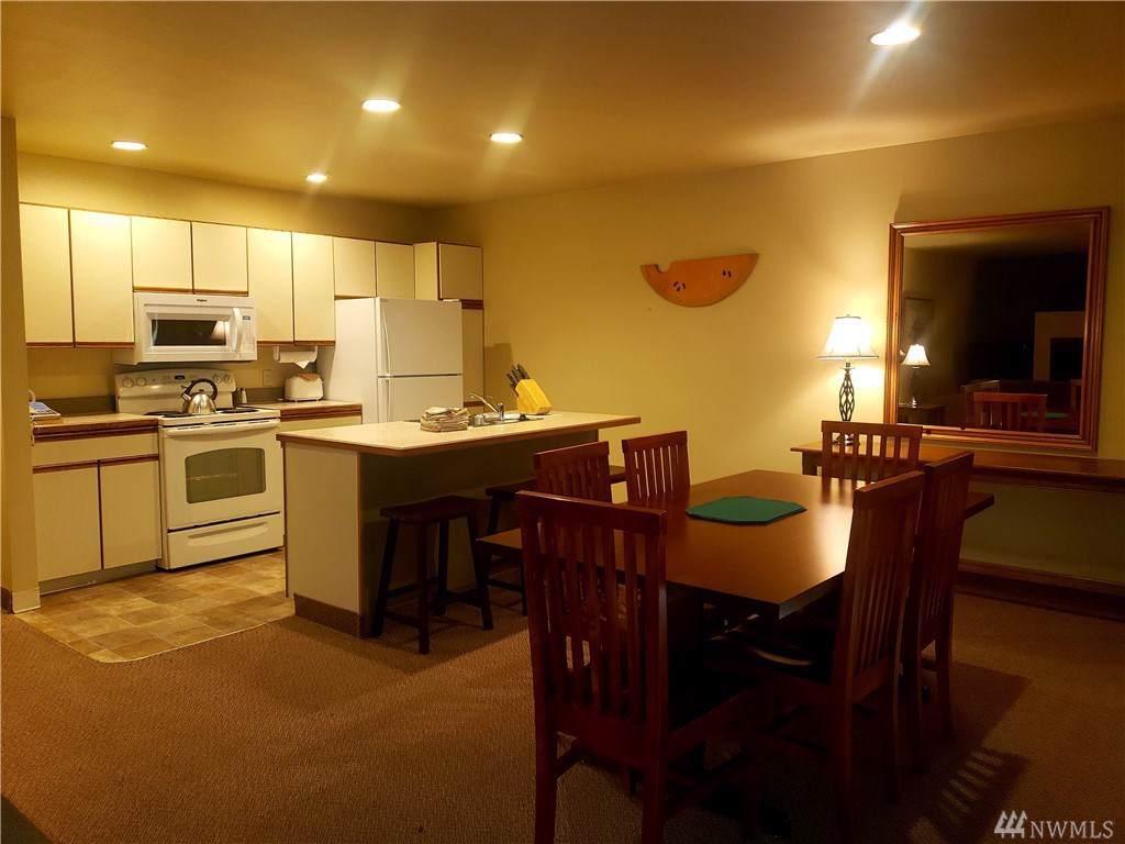1 Lodge 630-L - Photo 1