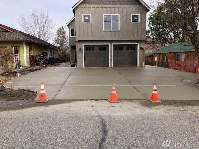 405 S 1st St, Chelan, WA 98816 (#1553990) :: Diemert Properties Group