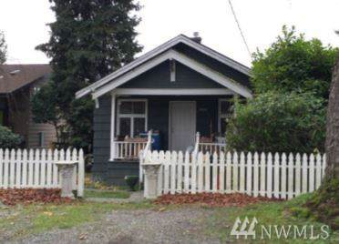 10031 41st Ave SW, Seattle, WA 98146 (#1554235) :: The Kendra Todd Group at Keller Williams