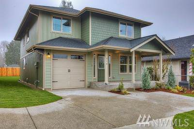 910 S 64th St, Tacoma, WA 98408 (#1554561) :: Northwest Home Team Realty, LLC