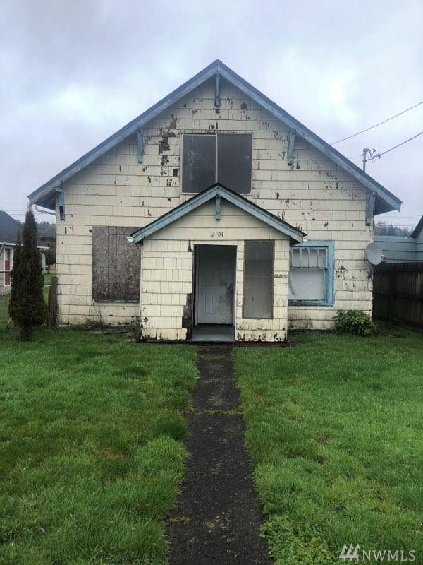 2104 Bay Ave, Aberdeen, WA 98520 (#1554869) :: Center Point Realty LLC