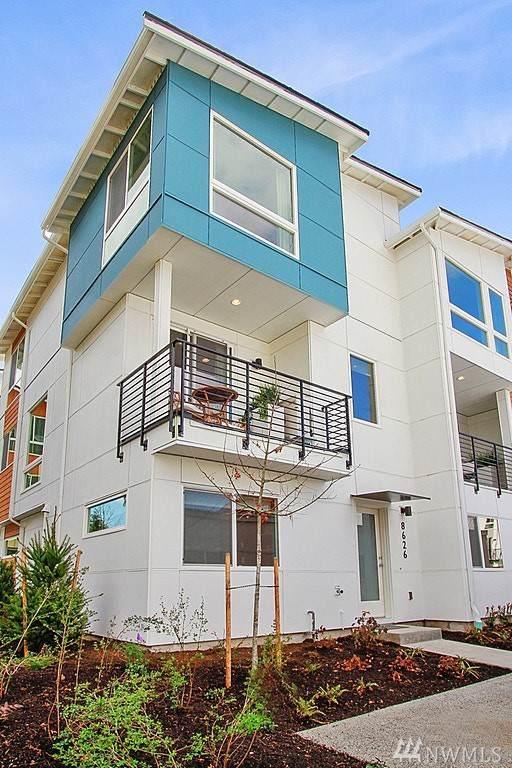 8534 21st Place NE, Seattle, WA 98115 (#1558179) :: Liv Real Estate Group